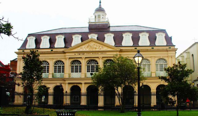 self guided walking tours new orleans